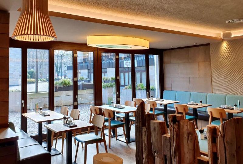 Gastraum - Fensterseite des Linus Restaurants in Dortmund